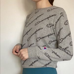 Champion Logo Sweater Grey
